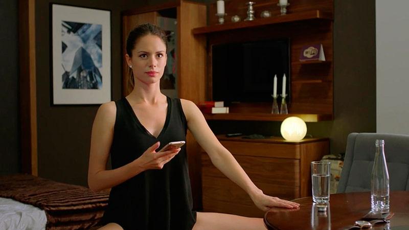 голые актрисы фото фильма отель элеон